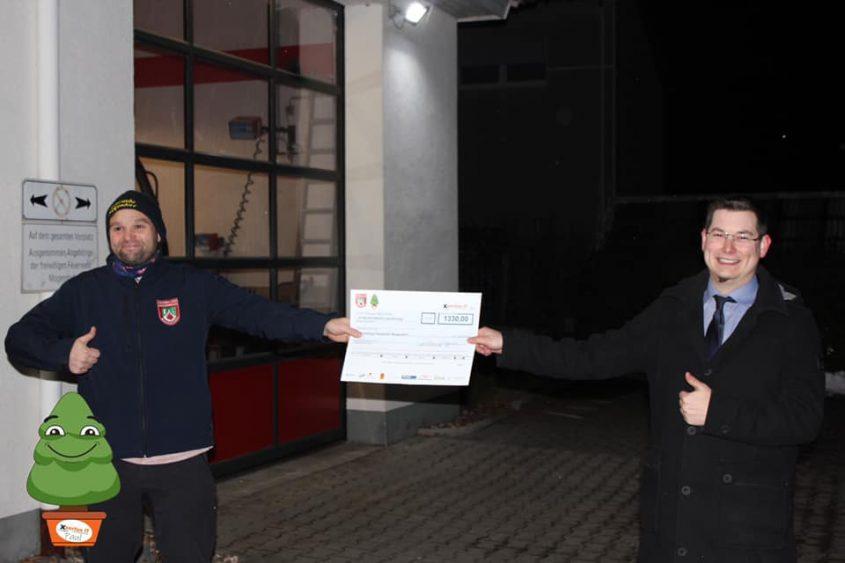 Spendenübergabe Feuerwehr
